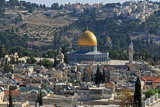 המדינה תפצה מבקרים שהורחקו שלא כדין מהר הבית בחשד לביצוע תפילה, צילום: getty images Israel