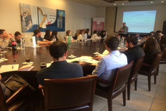 על קו הזינוק: המועמדים להתמחות 2019 סיירו במשרדים המובילים