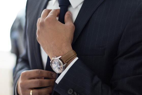 האם עדיף יותר לעורכי דין לעבוד בחברות מסחריות?