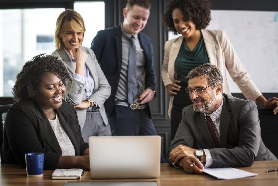 """ה""""רייטינג"""" של עורכי הדין: מה רמת הביקוש למקצוע?"""