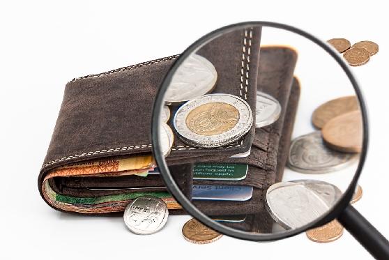 הטעיית ה-9.99: האם תיאסר הצגת מחירים שלא ניתן לשלם במזומן?