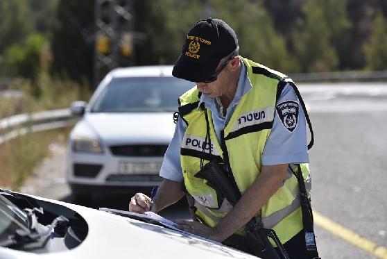 """ביים דריסה ע""""י שוטר והעלה את התיעוד לפייסבוק – ויפצה ב-10,000 שקלים, צילום: צילום אילוסטרציה: דוברות משטרת ישראל."""