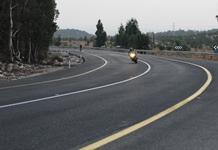 תאונת דרכים? קרנית תפצה הולכת רגל שמעדה במהלך ניסיון לחמוק מרכב חולף