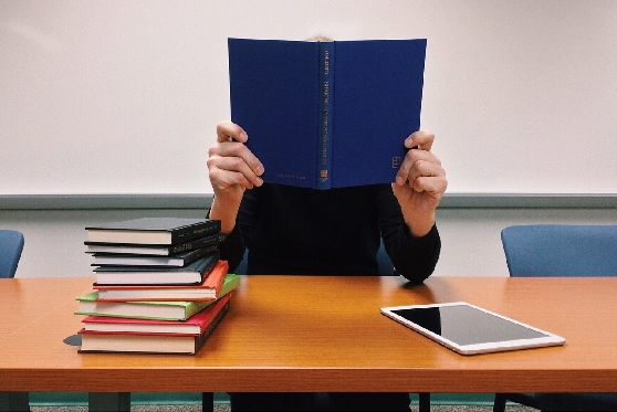 הצעת חוק: בחינה שנתית מסכמת ואחידה בכל הפקולטות למשפטים בארץ