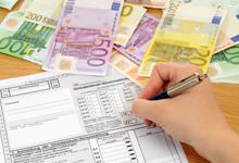 בתפילין, במטוס הפרטי ודרך המטפלת: רשות המסים נלחמת במבריחי הכספים