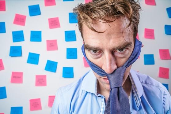 לקה בהפרעות שינה, סוכרת ולחץ דם בשל עבודה במשמרות – והוכר כנפגע עבודה