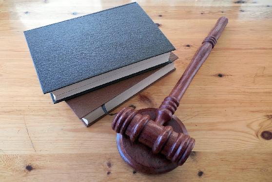 """ועדת האתיקה: בקשה להשעיה זמנית של עו""""ד הנאשם בפלילים תיעשה בצמצום, צילום: pixabay"""