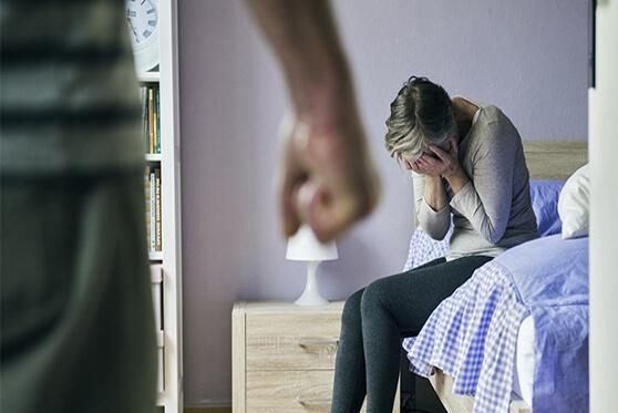 48 חודשי מאסר בפועל נגזרו על גבר שביצע עבירות אלימות כלפי אשתו לאורך שנים רבות , צילום: getty images israel