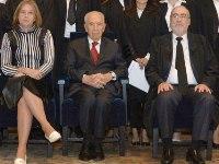 """אשר גרוניס, שמעון פרס, ציפי לבני בטקס השבעת שופטים בבית הנשיא ביום 8.10.13. צילום: מארק ניימן, לע""""מ"""