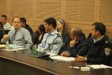 """עו""""ד רז נזרי בוועדת החוקה, 17.2.14. צילום: איציק הררי, דוברות הכנסת"""